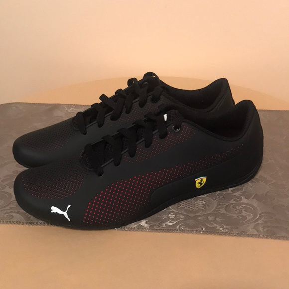 4f6f632ff PUMA men s Ferrari Drift CAT 5 ULTRA NEW. M 5a60d33b3afbbdfeef7a21c3